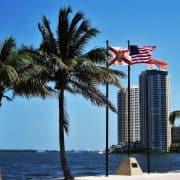 Wie lange dauert ein Flug nach Miami?